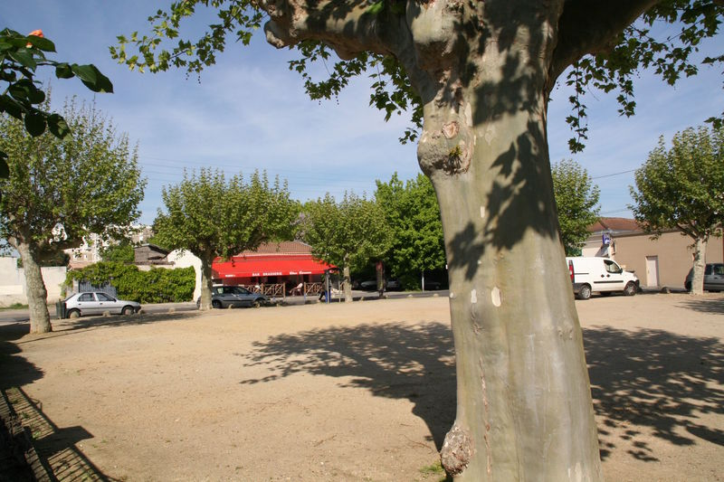 Floirac  Place Hilaire Saura  Av Jean Jaurs  3